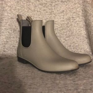Sam Edelman Chelsea Rain Boots
